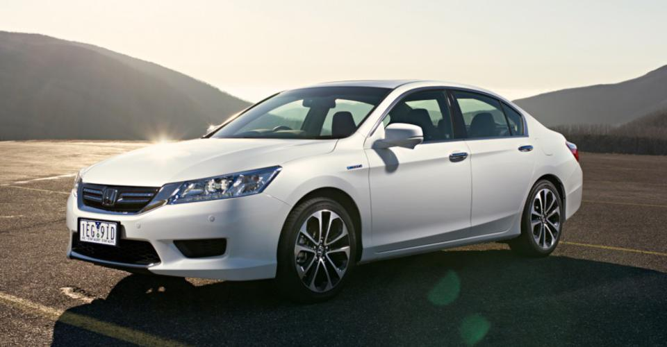 2015 honda accord sport hybrid pricing and specifications. Black Bedroom Furniture Sets. Home Design Ideas