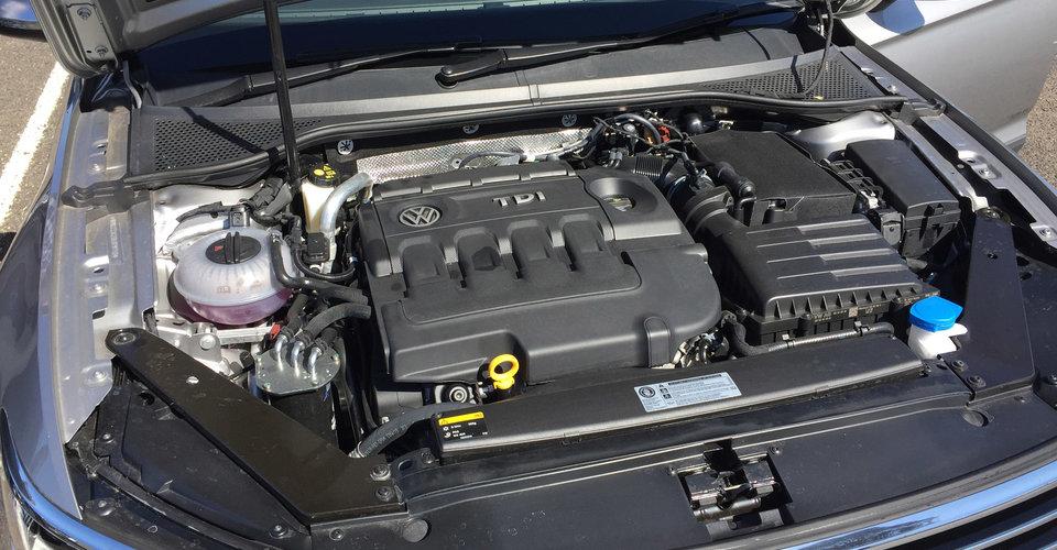 2016 Volkswagen Passat Alltrack Review