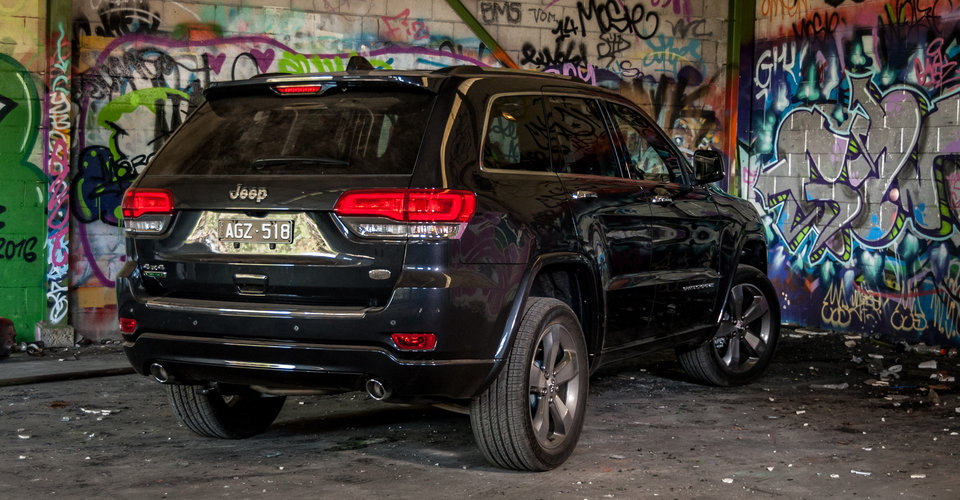 2016 jeep grand cherokee goes overland in australia. Black Bedroom Furniture Sets. Home Design Ideas