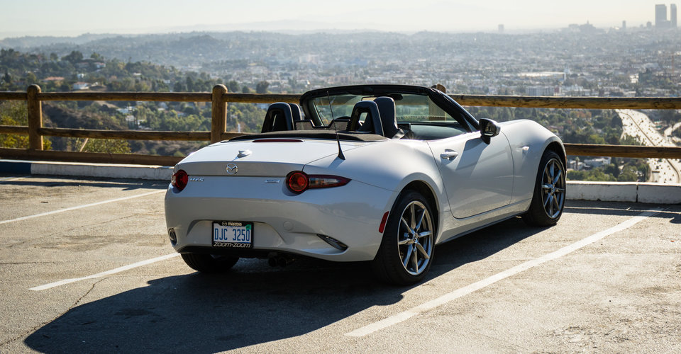 Creative Exploring Mulholland Drive Top Down In LA In A Mazda MX5