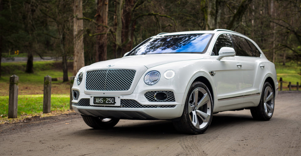 2016 bentley bentayga review caradvice. Black Bedroom Furniture Sets. Home Design Ideas