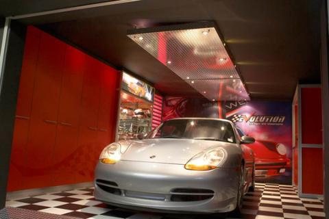 Evolution garages showroom photos 1 of 3 for Garage auto evo milizac