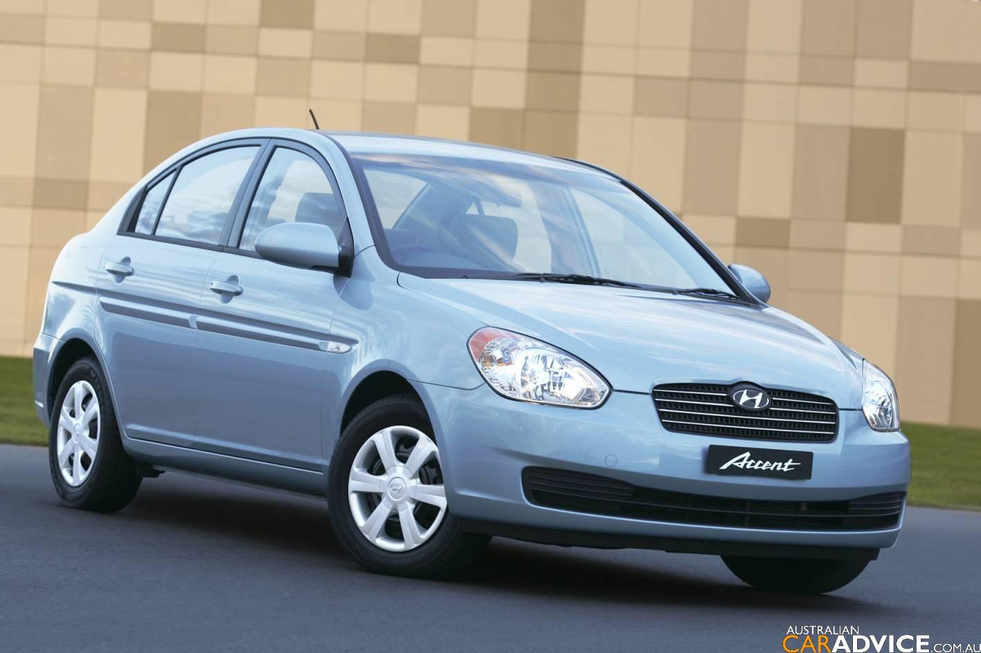2007 Hyundai Accent Road Test | CarAdvice