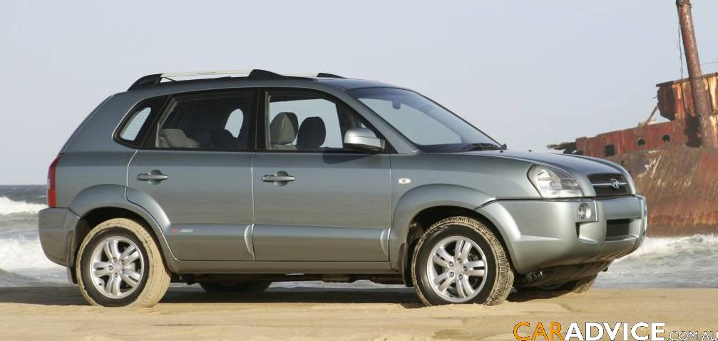 2007 Hyundai Tucson City SX Road Test | CarAdvice