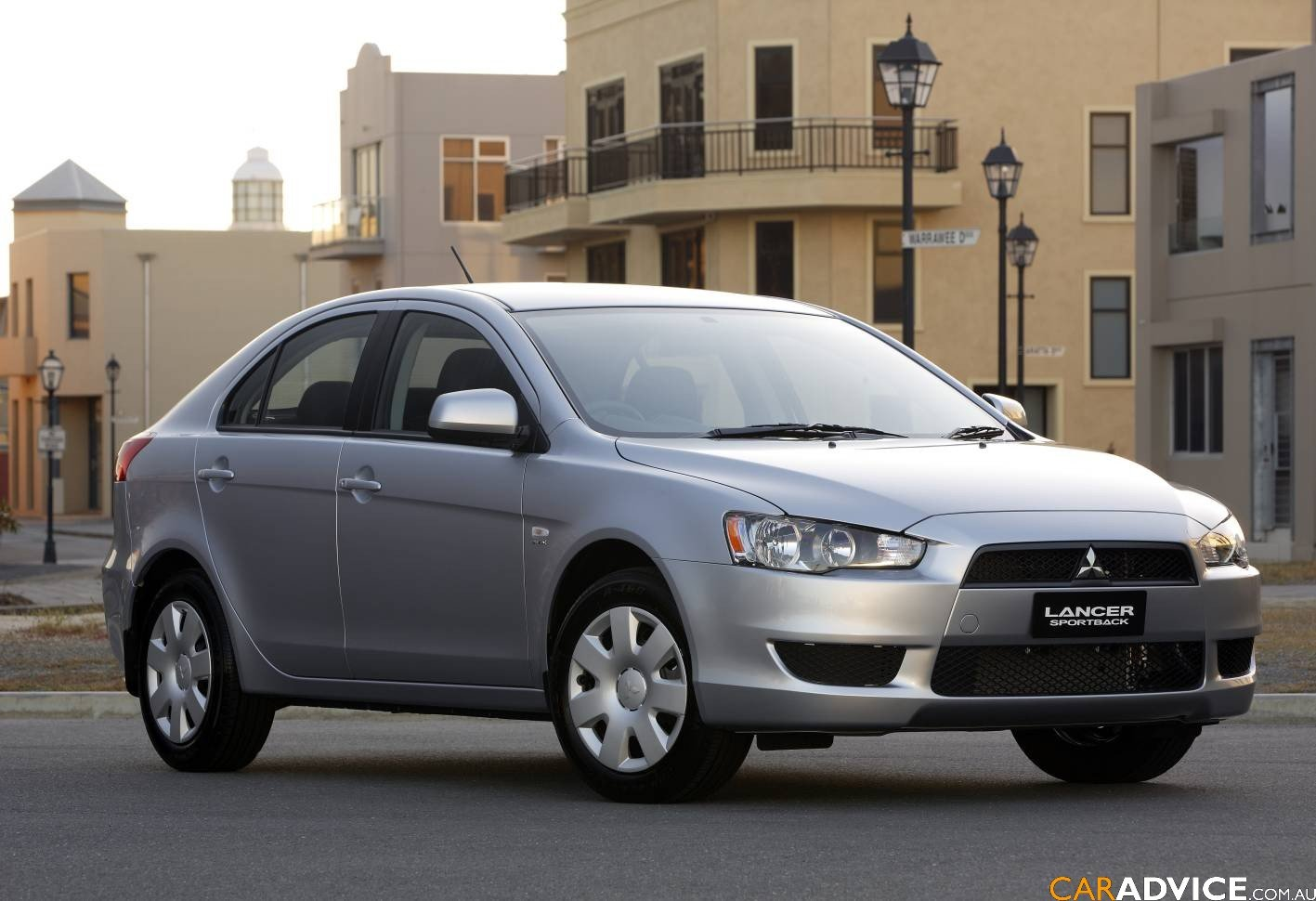 2009 Mitsubishi Lancer Sportback First Steer Photos 1