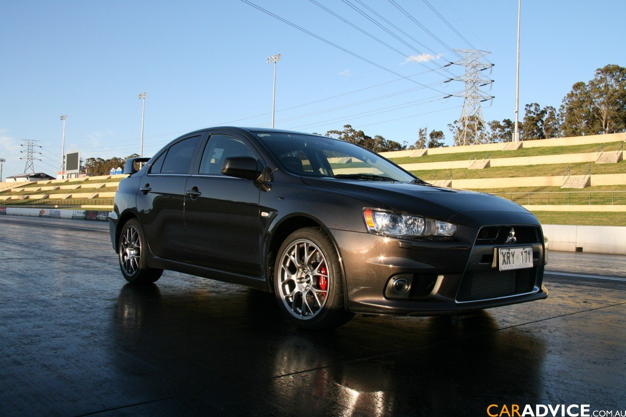 2008 mitsubishi lancer evolution mr review caradvice. Black Bedroom Furniture Sets. Home Design Ideas