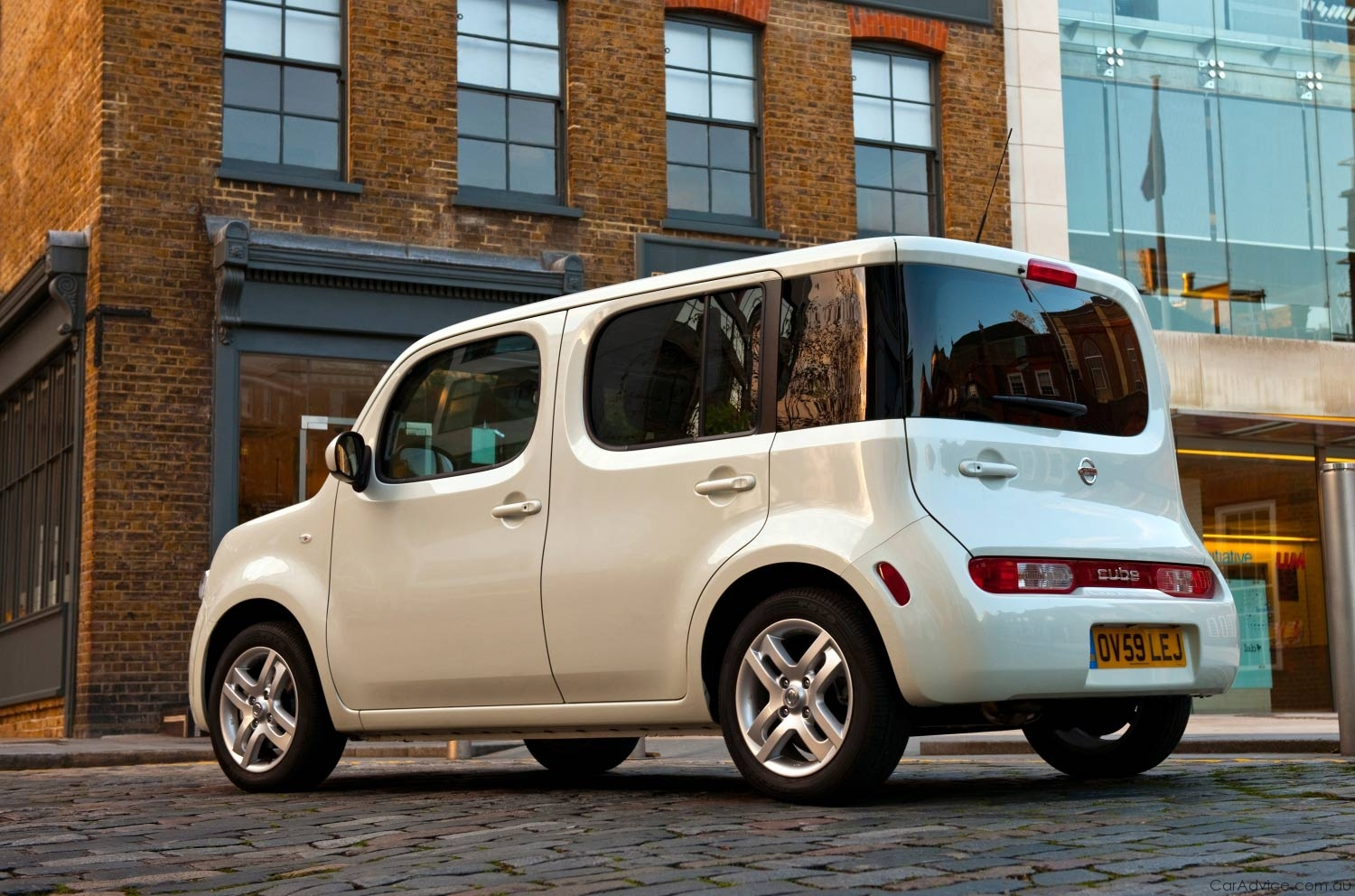 Nissan Cube set for UK streets in 2010 - Photos (1 of 6)