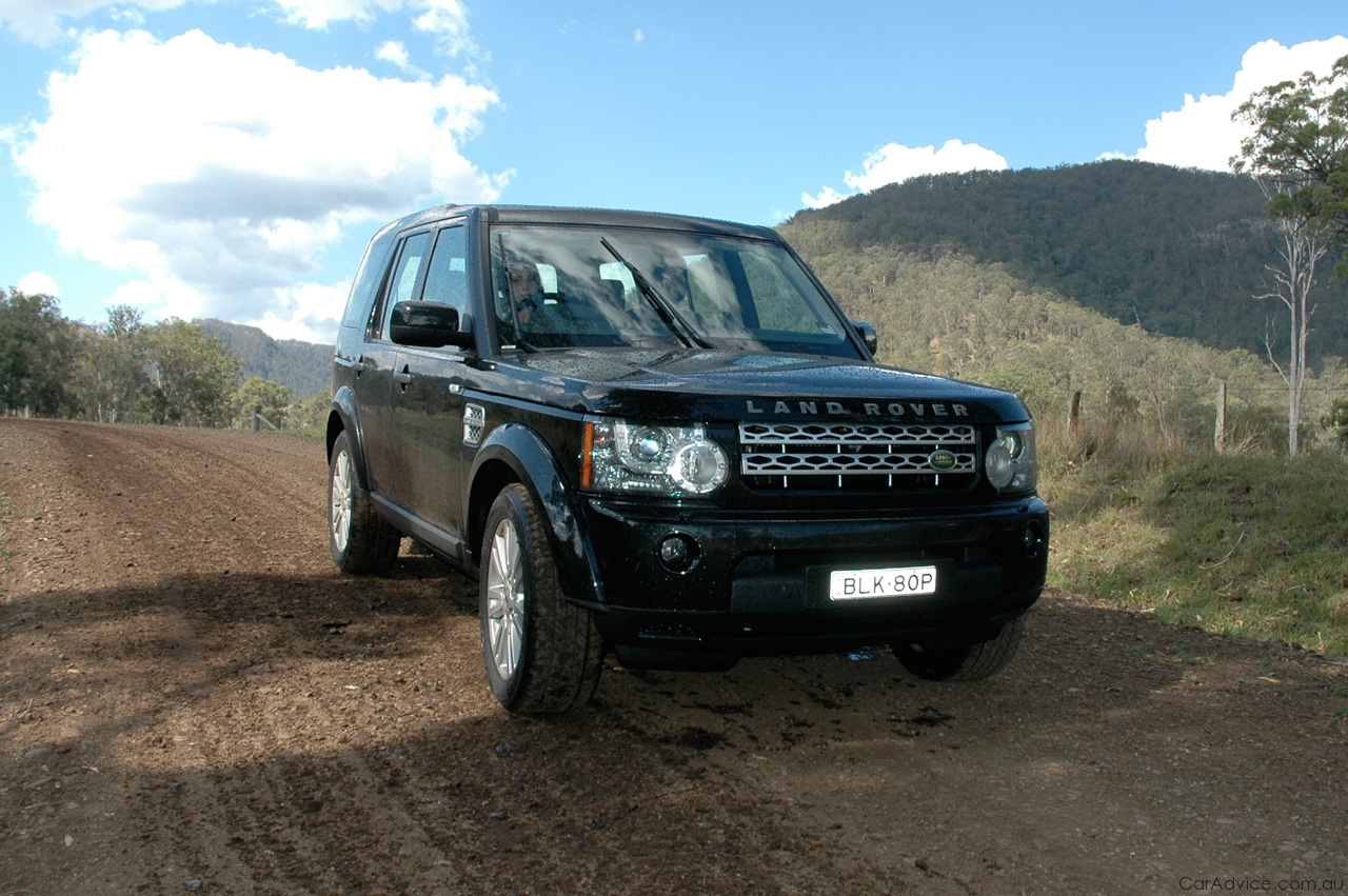 land rover discovery 4 review road test caradvice. Black Bedroom Furniture Sets. Home Design Ideas
