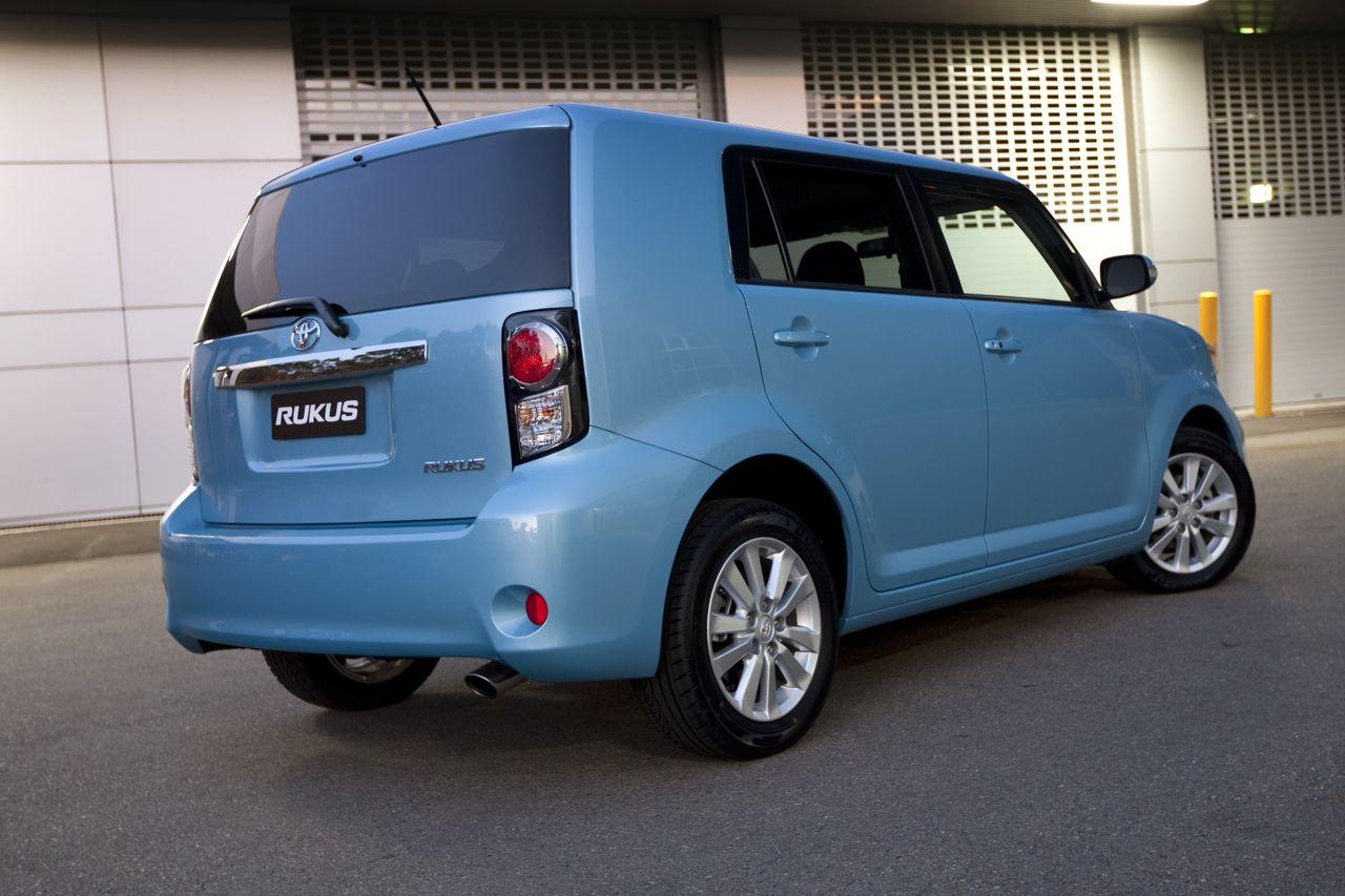 Toyota Rukus Review - Toyota's new image | CarAdvice