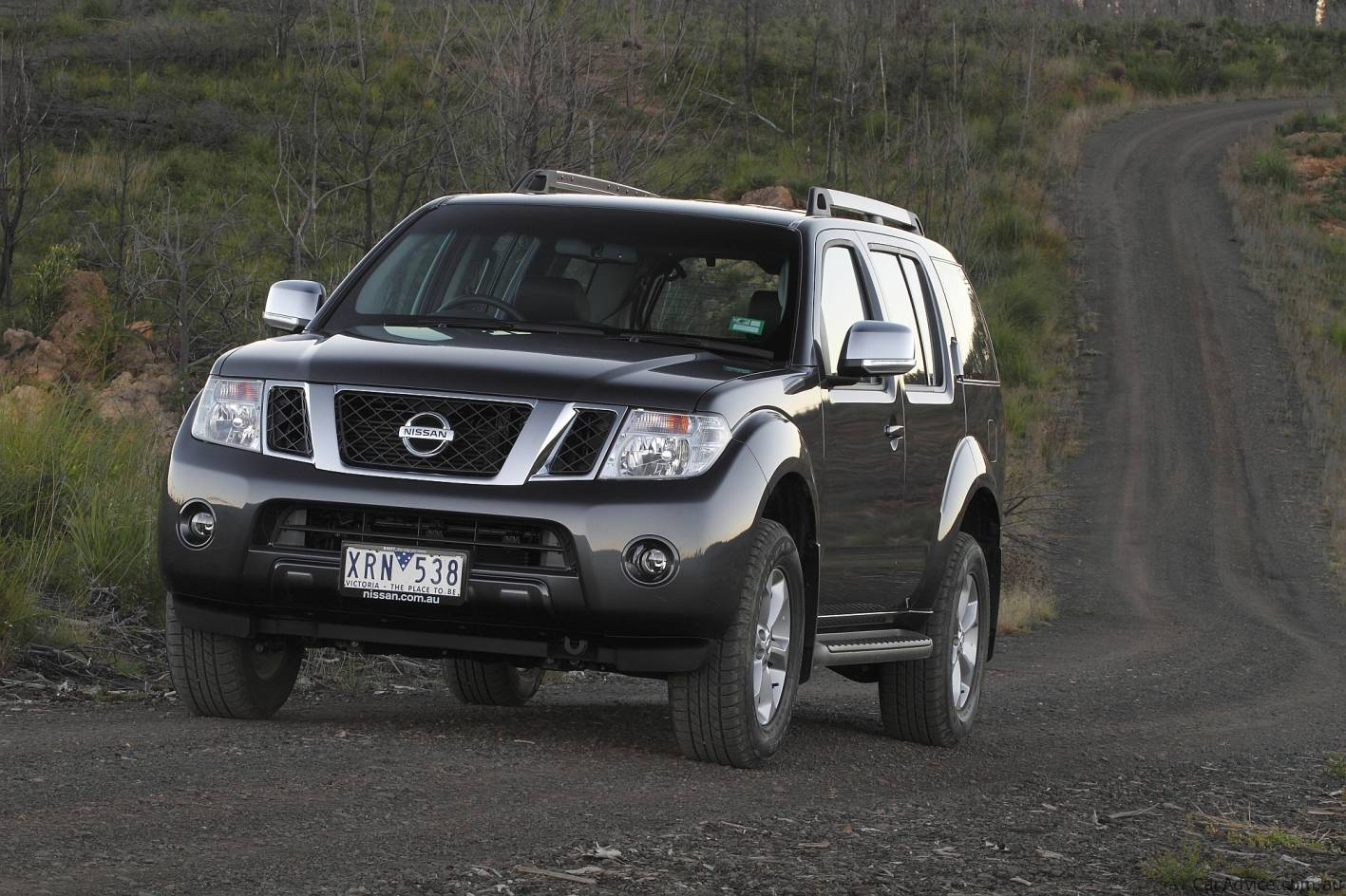 2010 nissan pathfinder range revised photos 1 of 10. Black Bedroom Furniture Sets. Home Design Ideas