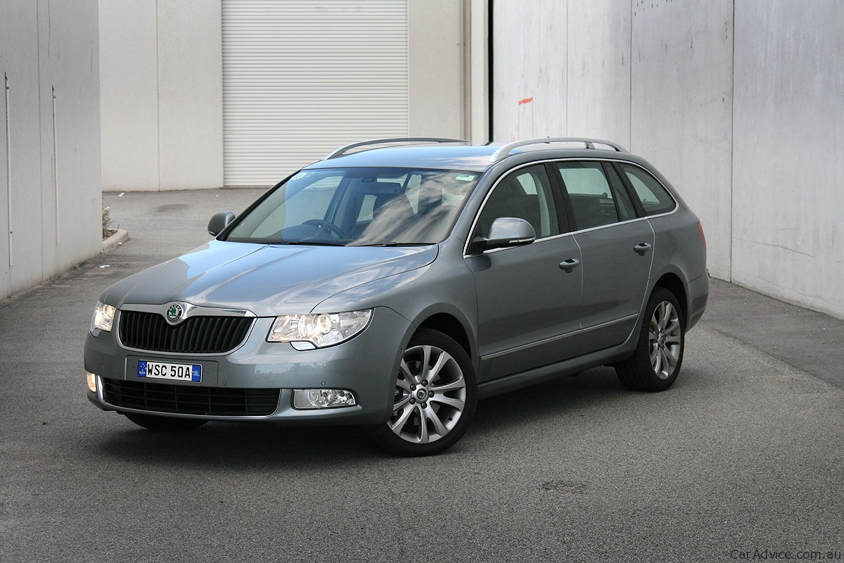 skoda superb wagon review road test caradvice. Black Bedroom Furniture Sets. Home Design Ideas