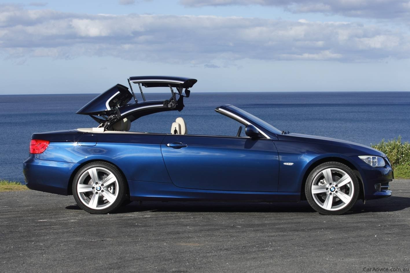 bmw 3 series coupe convertible review caradvice. Black Bedroom Furniture Sets. Home Design Ideas