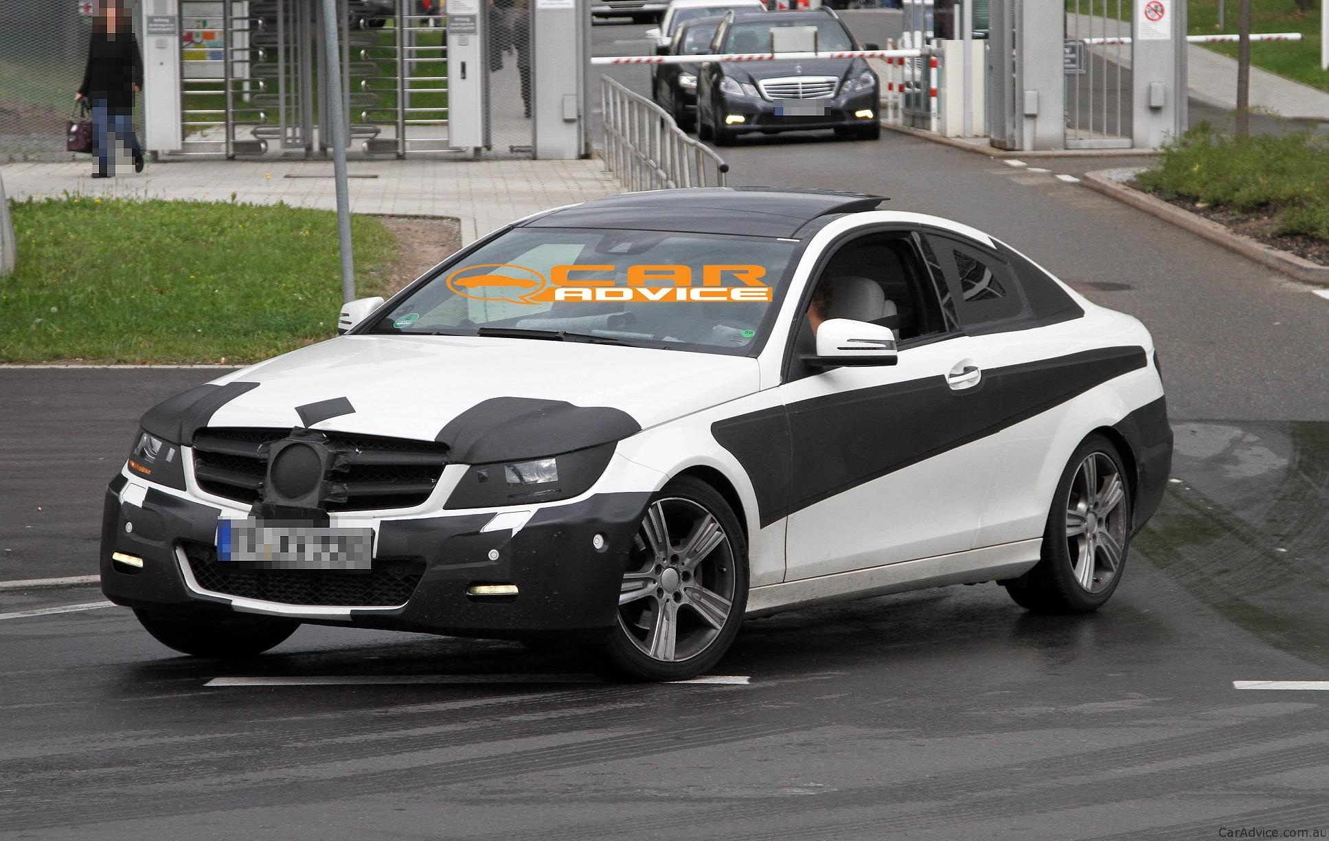 2011 mercedes benz c class coupe spy shots including for Mercedes benz c350 2011