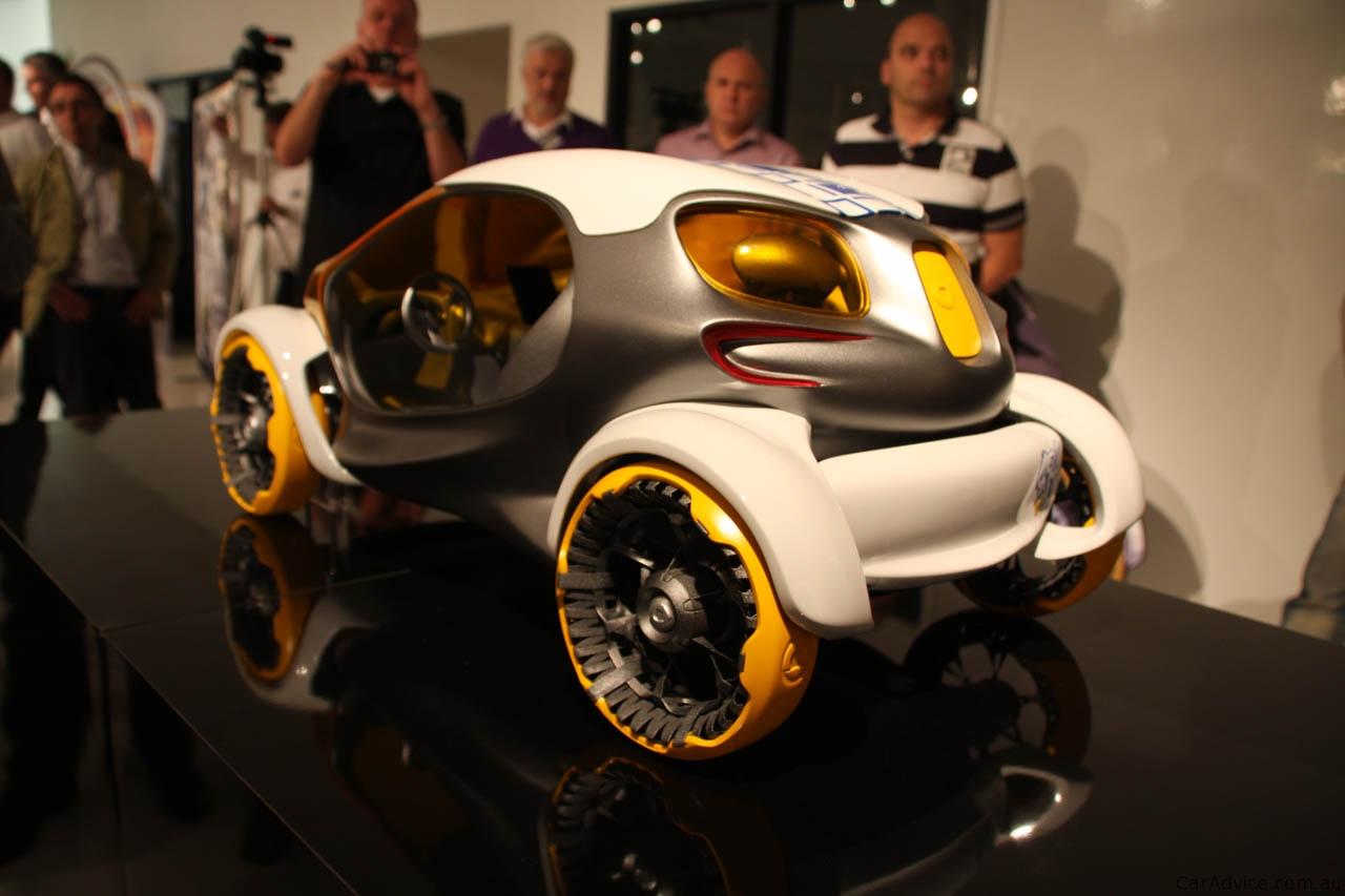 Mercedes-Benz BIOME, smart 454, Maybach DRS debut at Los ...