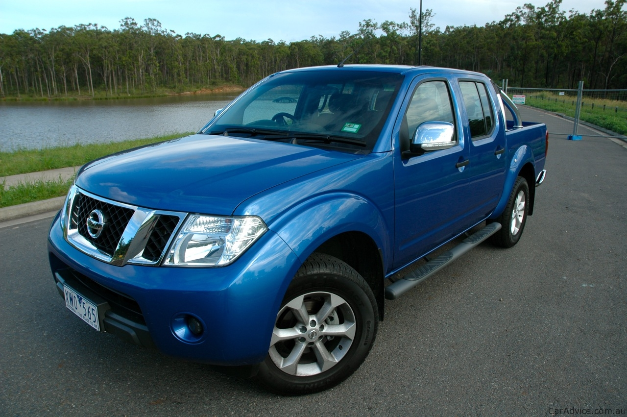 nissan navara st x review caradvice. Black Bedroom Furniture Sets. Home Design Ideas