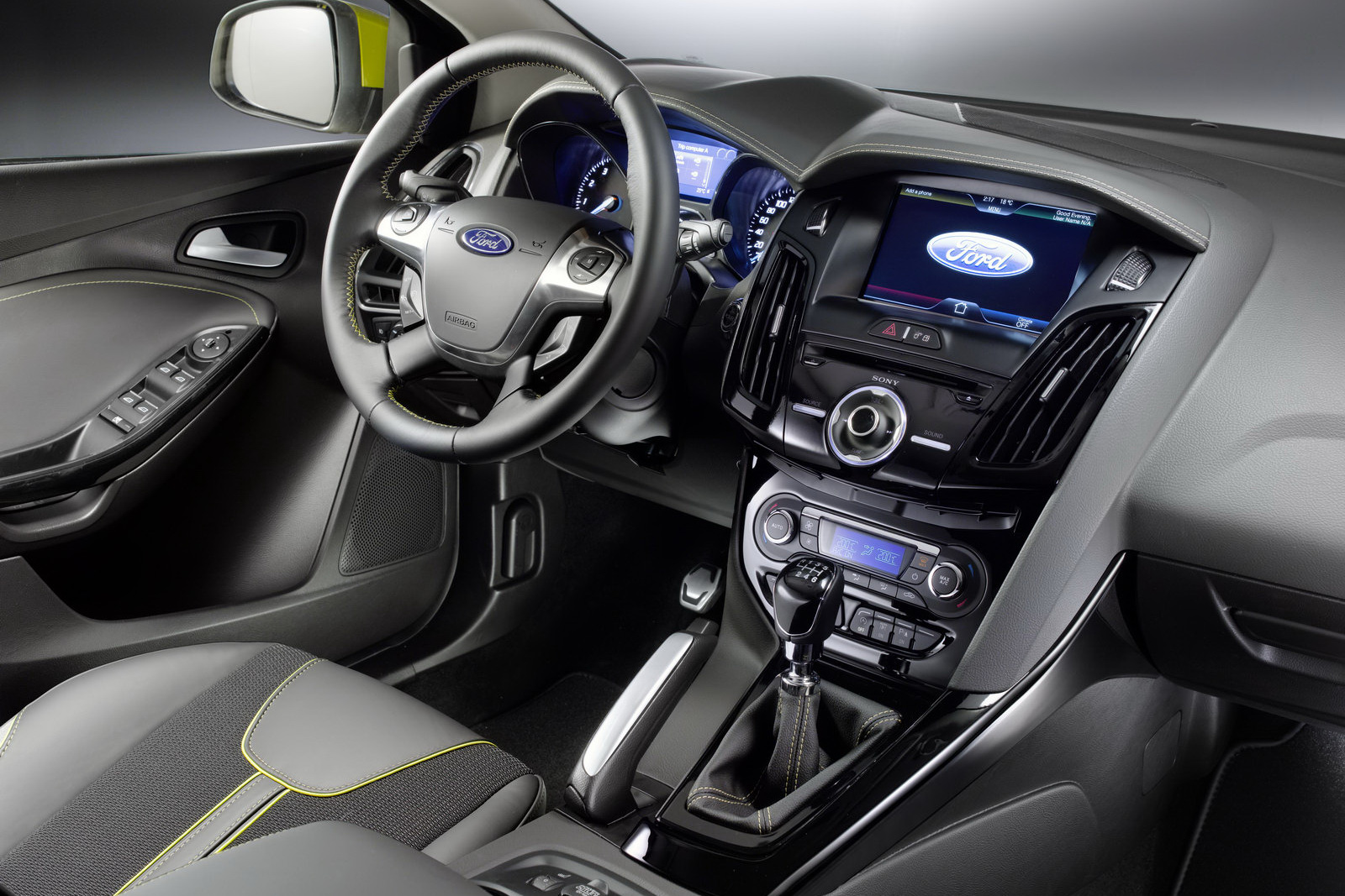 ford beginning phase out of in car cd players in the us. Black Bedroom Furniture Sets. Home Design Ideas