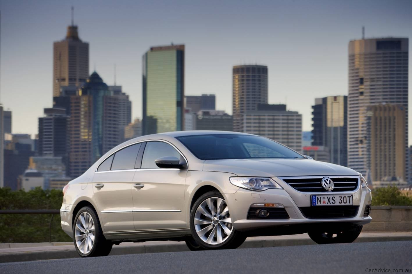 2011 volkswagen passat cc updated with bluemotion technology photos 1 of 8. Black Bedroom Furniture Sets. Home Design Ideas