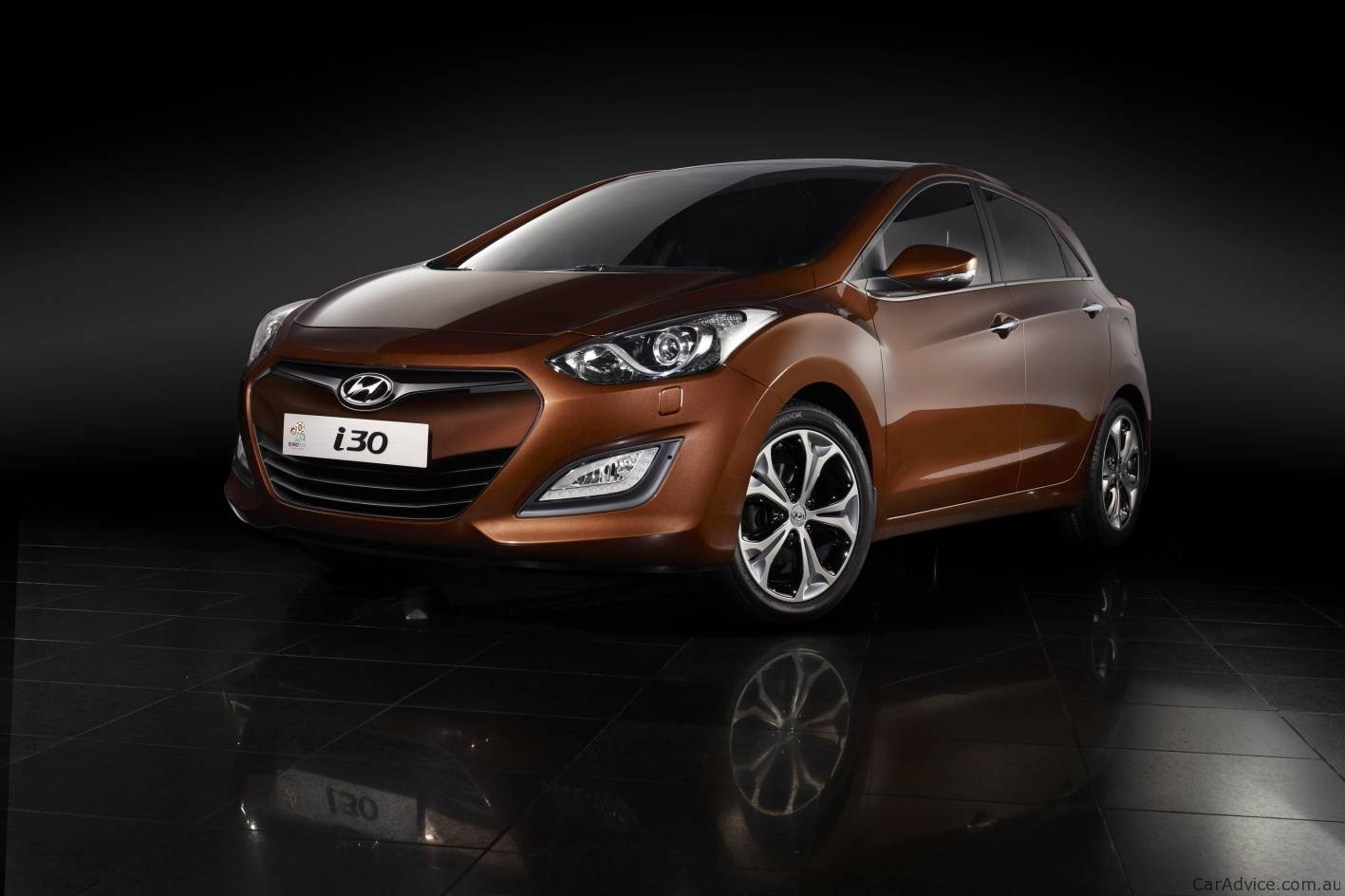 2012 hyundai i30 revealed at frankfurt motor show photos 1 of 14. Black Bedroom Furniture Sets. Home Design Ideas