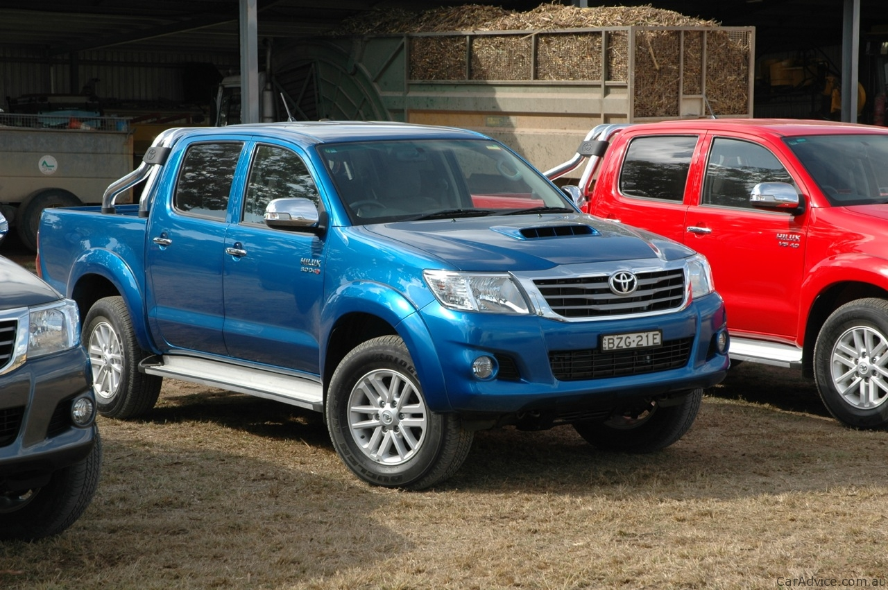 2013 toyota hilux review caradvice. Black Bedroom Furniture Sets. Home Design Ideas
