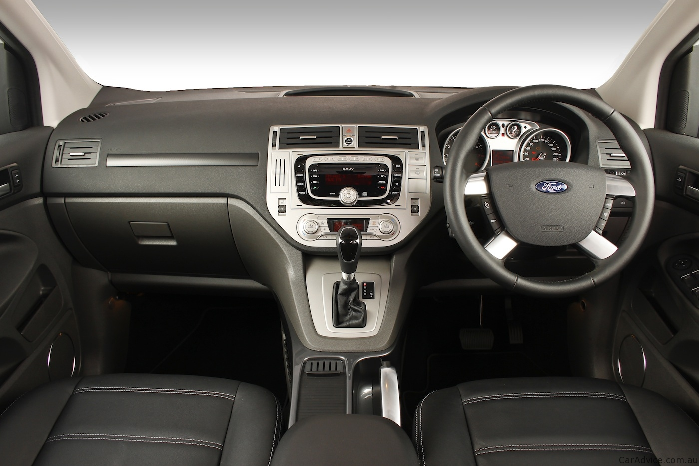 Ford kuga new compact suv launched