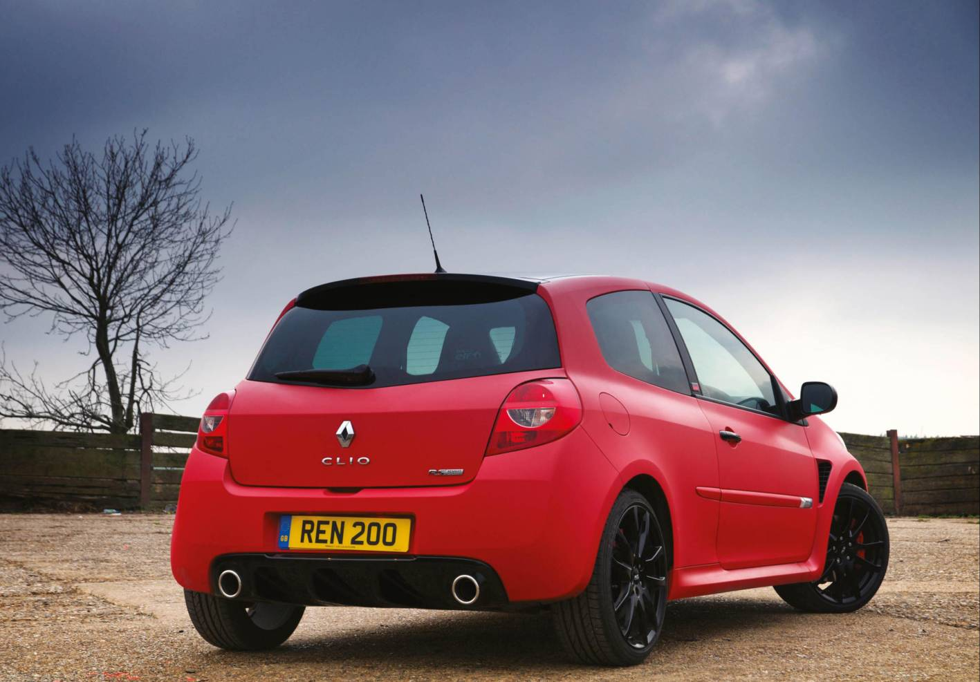 Renault Clio R.S. Angel & Demon Special Edition For