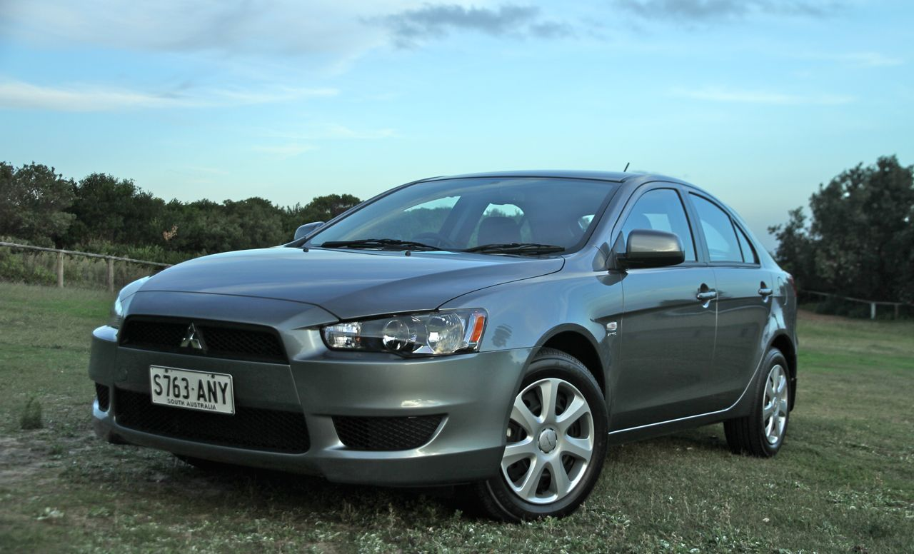 mitsubishi lancer es sportback review caradvice. Black Bedroom Furniture Sets. Home Design Ideas