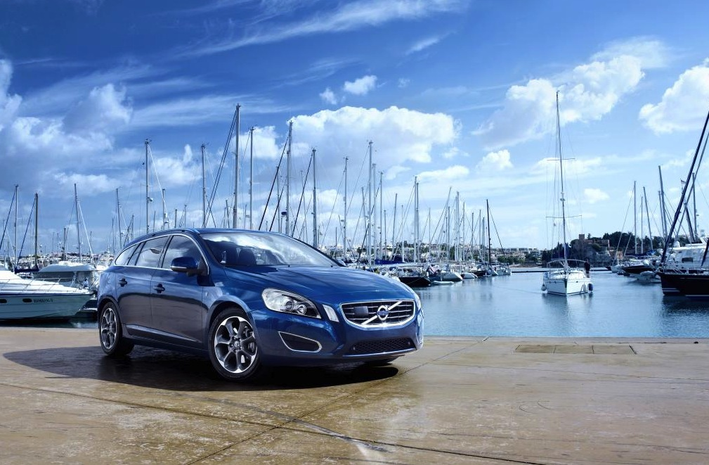 2012 volvo ocean race v60 xc60 xc70 special editions. Black Bedroom Furniture Sets. Home Design Ideas