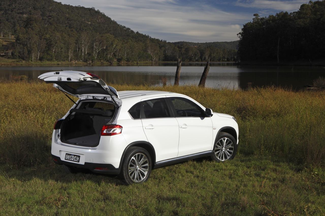 Peugeot 4008 Review