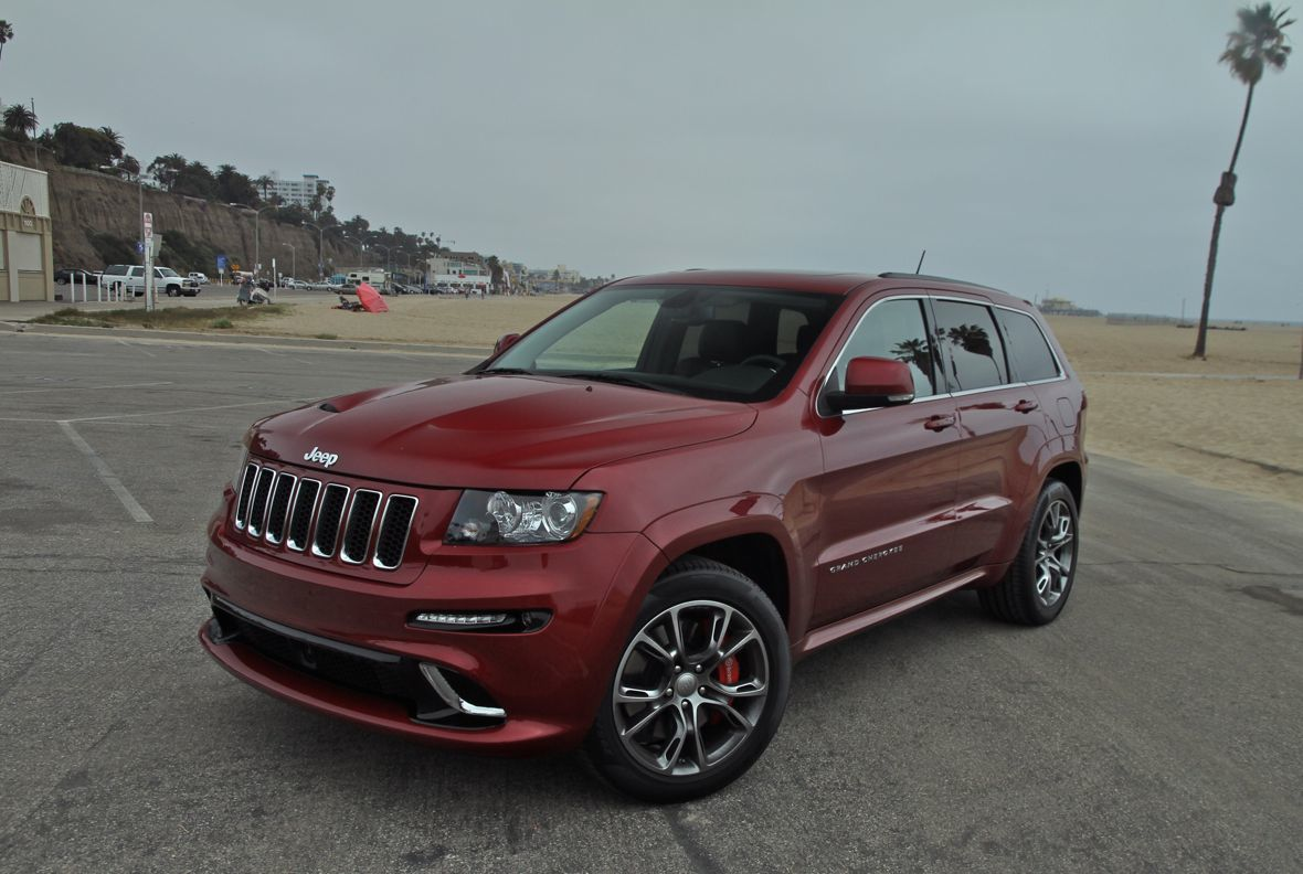 jeep grand cherokee srt8 review caradvice. Black Bedroom Furniture Sets. Home Design Ideas