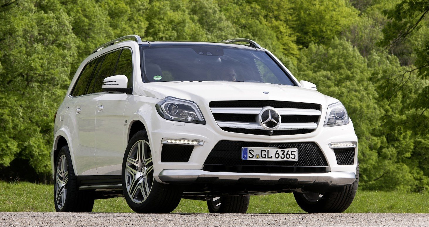 Mercedes benz gl63 amg full size suv goes hardcore for Mercedes benz amg suv