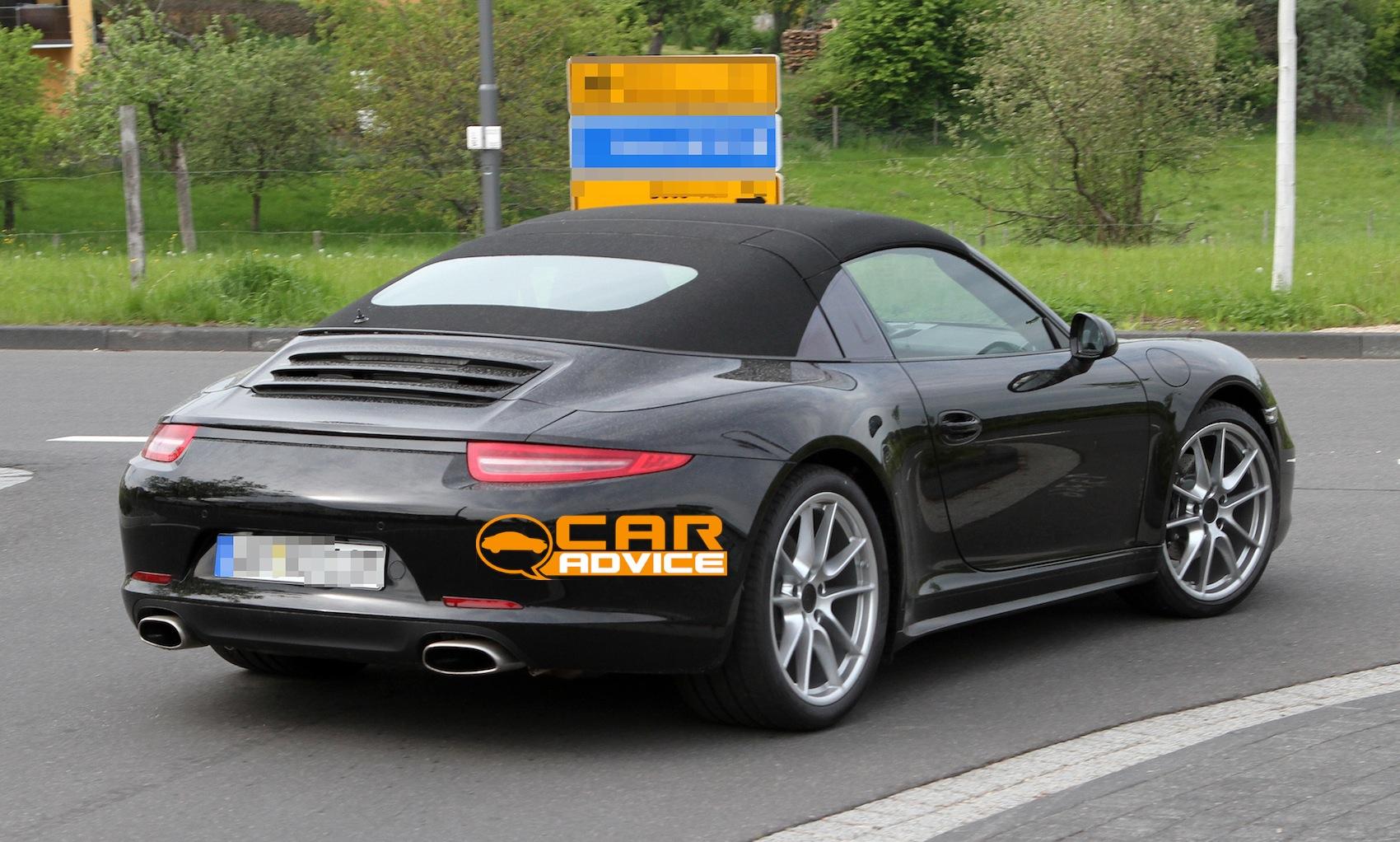 Porsche 911 Targa Iconic Roof Design Returns Photos 1