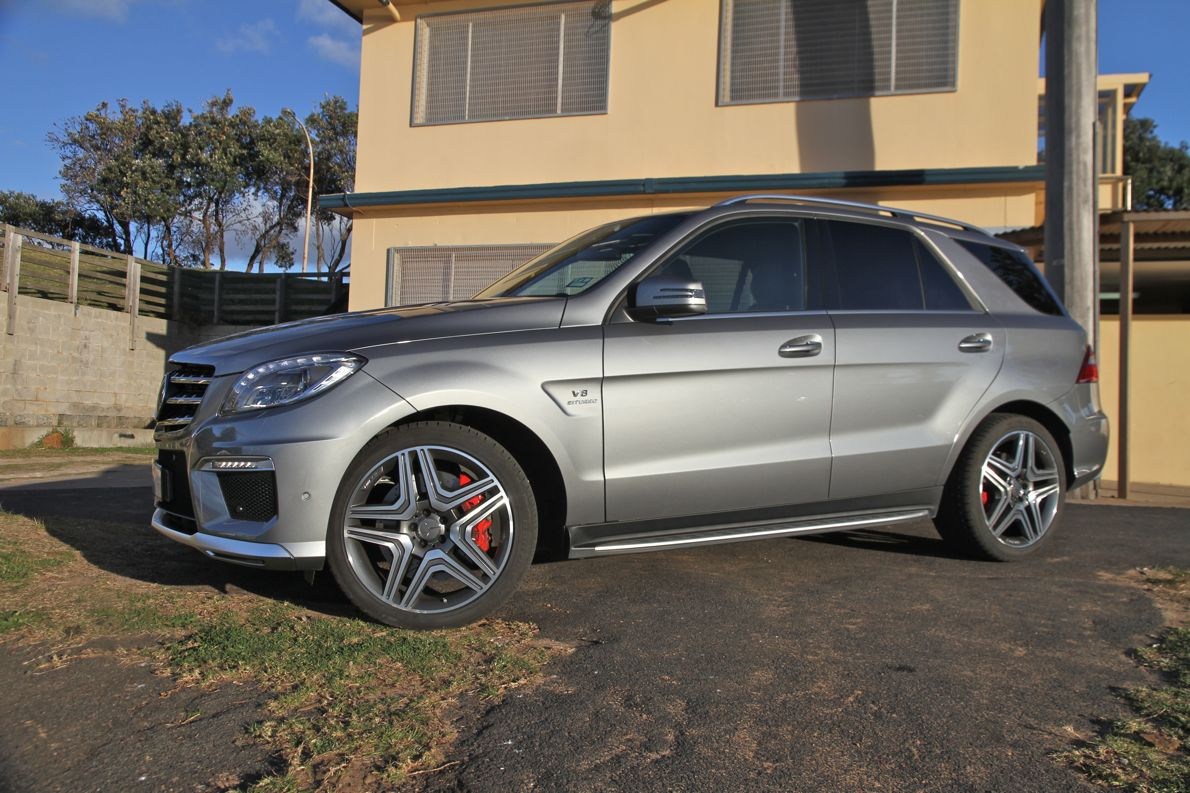 Mercedes benz ml63 amg review caradvice for Mercedes benz e amg