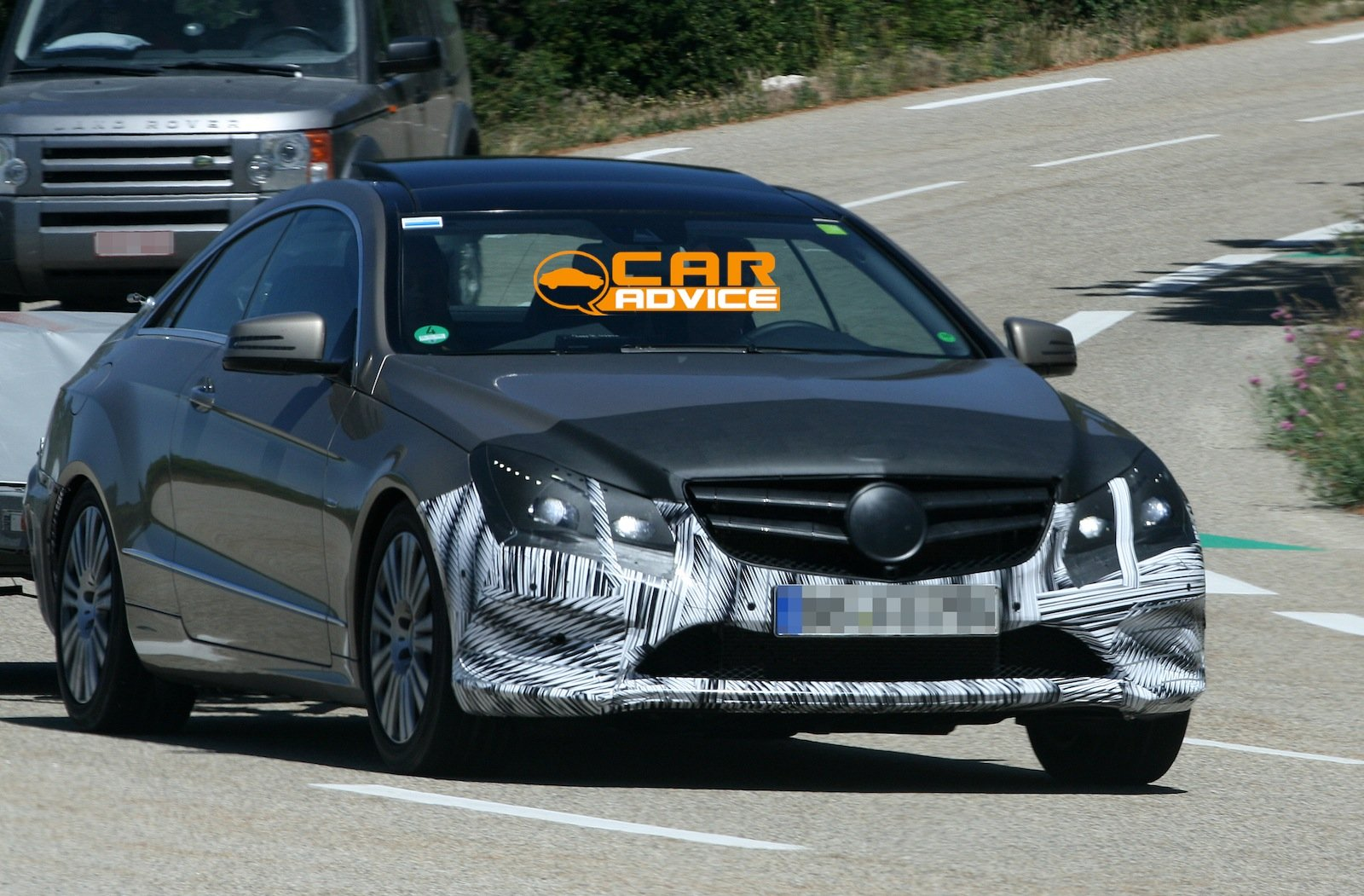 Mercedes benz e class coupe first look at new two door for New mercedes benz 2 door