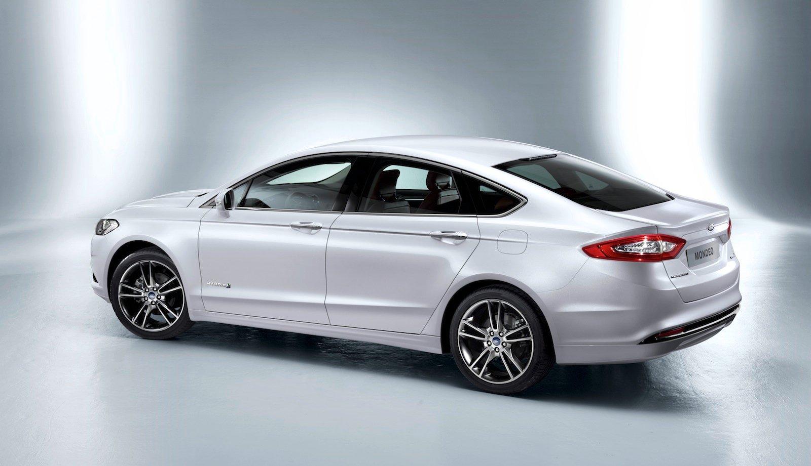 Новые Ford Mondeo и Focus появятся в России в 2 15 году