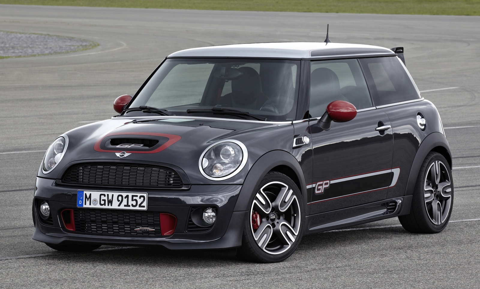 mini john cooper works gp here next year for circa 60 000 photos 1 of 12. Black Bedroom Furniture Sets. Home Design Ideas
