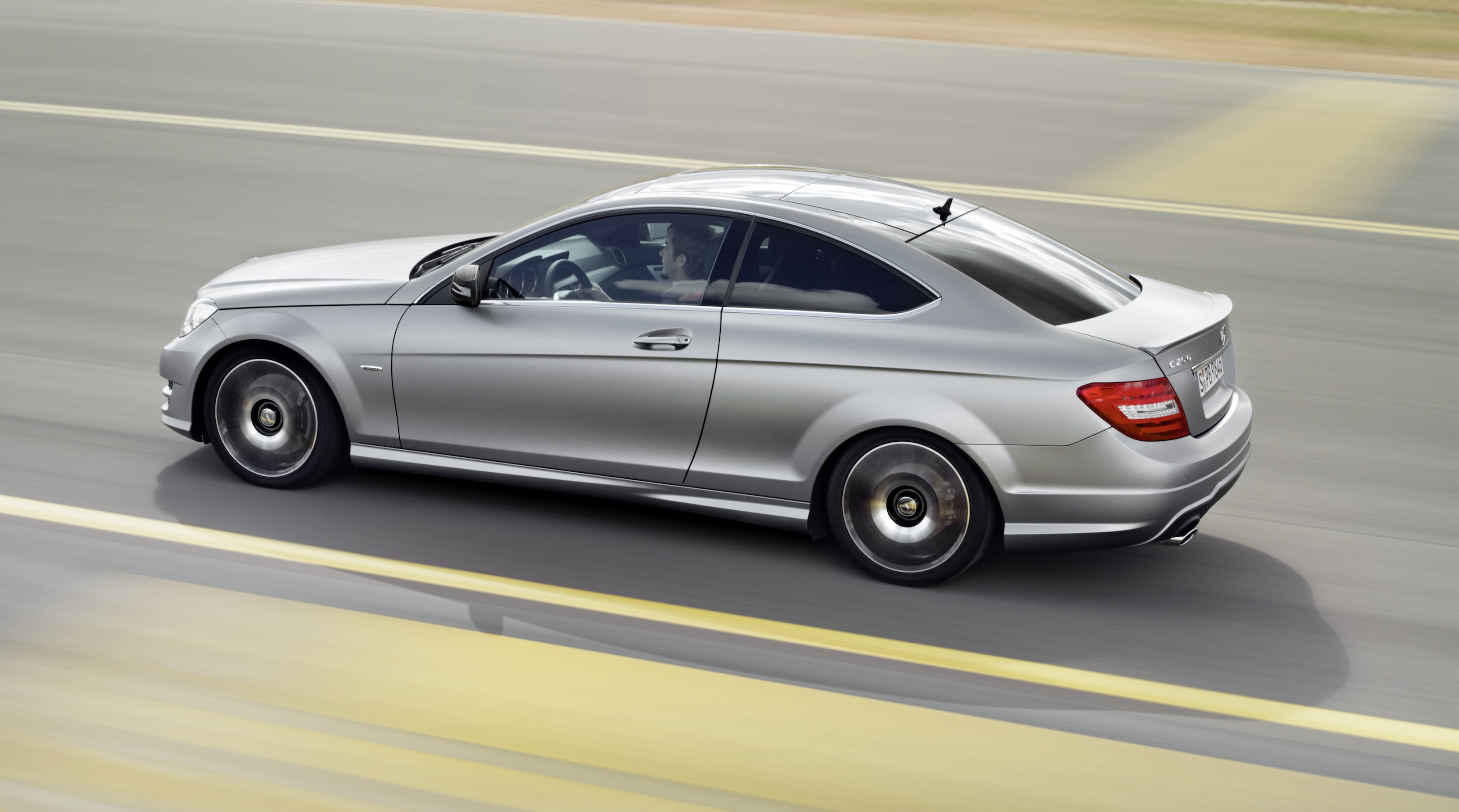 Mercedes benz c250 coupe sport adds amg visuals and for 2010 mercedes benz c250