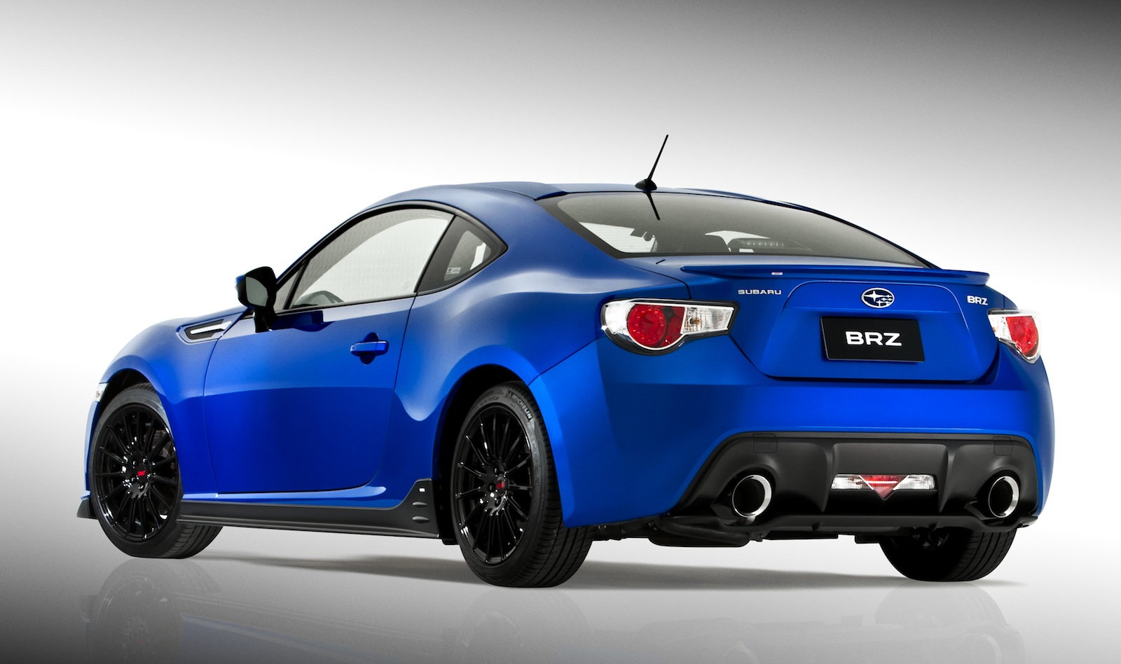 subaru brz sti sports kit concept unveiled to tempt buyers photos 1 of 4. Black Bedroom Furniture Sets. Home Design Ideas