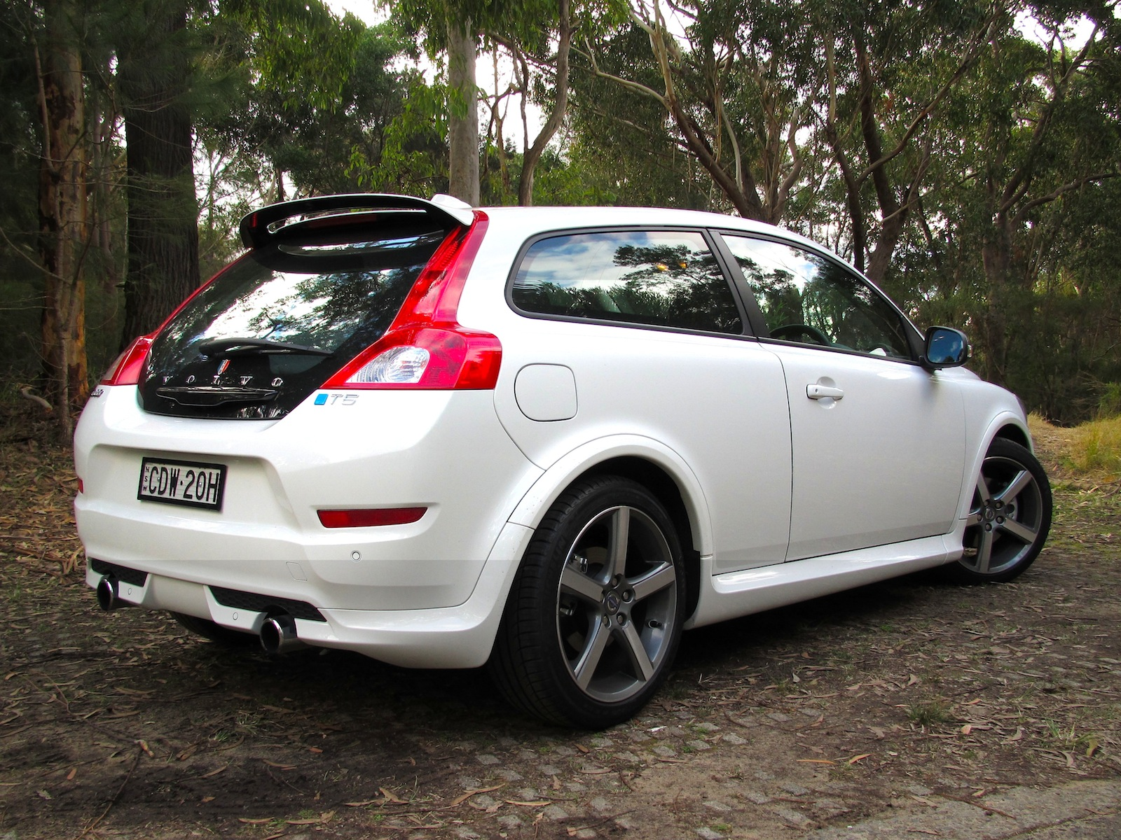 Volvo C30 T5 R-Design Review | CarAdvice