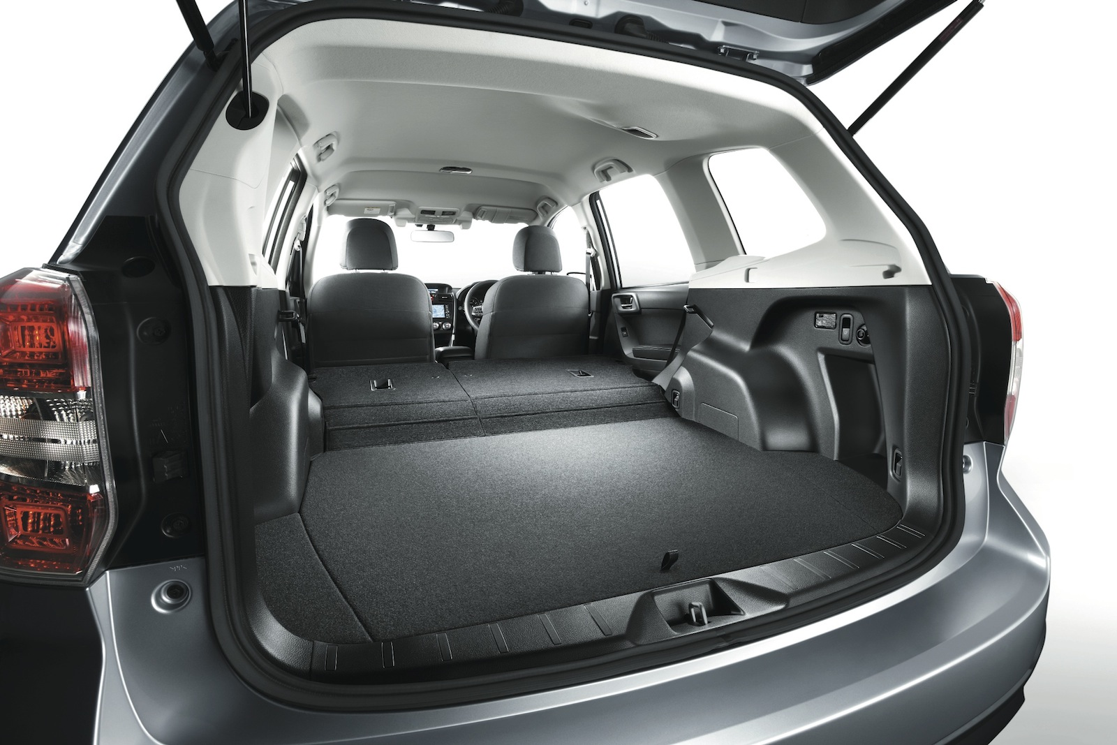 2013 Subaru Forester Interior Revealed In Full Image Gallery Photos 1 Of 18