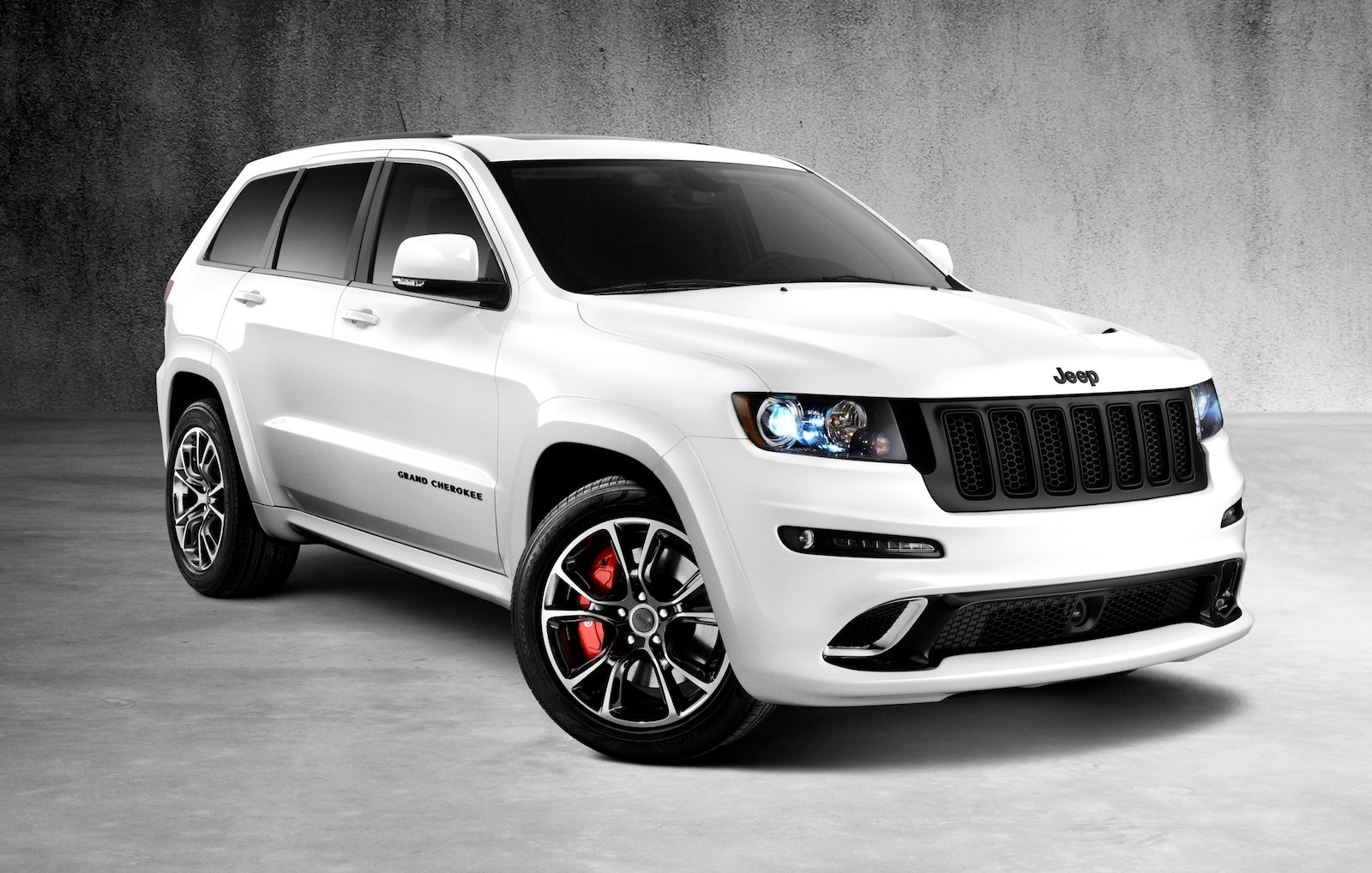 jeep grand cherokee srt8 alpine vapour special editions for australia photos 1 of 7. Black Bedroom Furniture Sets. Home Design Ideas