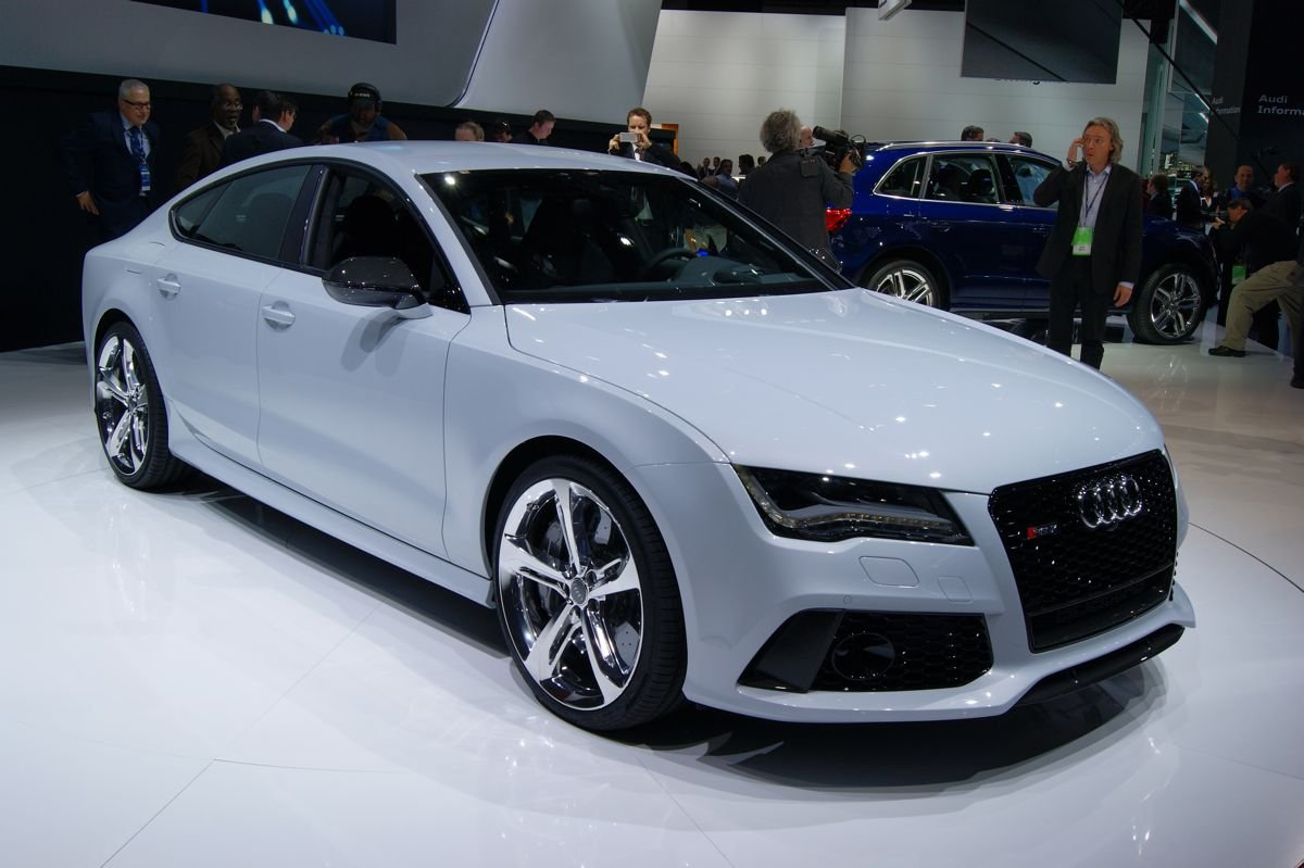 audi rs7 sportback 412kw 39 four door coupe 39 debuts in detroit photos 1 of 10. Black Bedroom Furniture Sets. Home Design Ideas