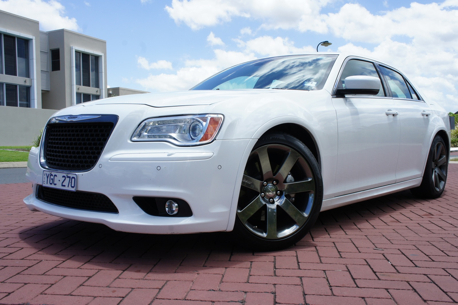 2015 chrysler 300 srt8 price 2017 2018 best cars reviews. Black Bedroom Furniture Sets. Home Design Ideas