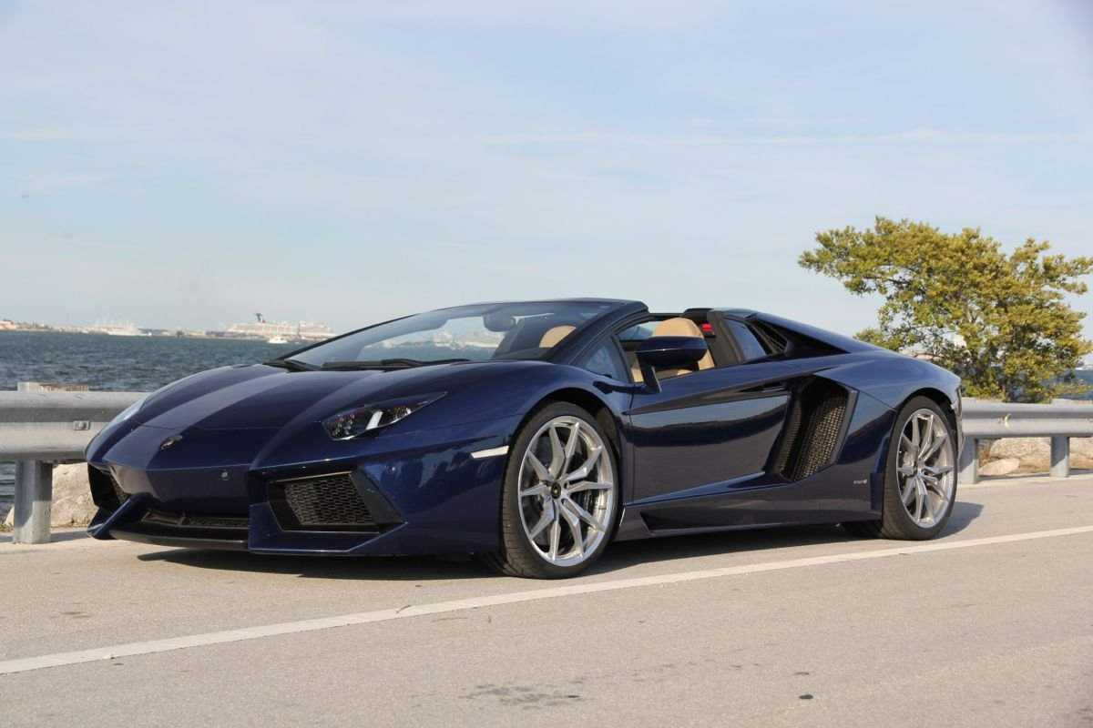 2013 Lamborghini Aventador Review Male Models Picture