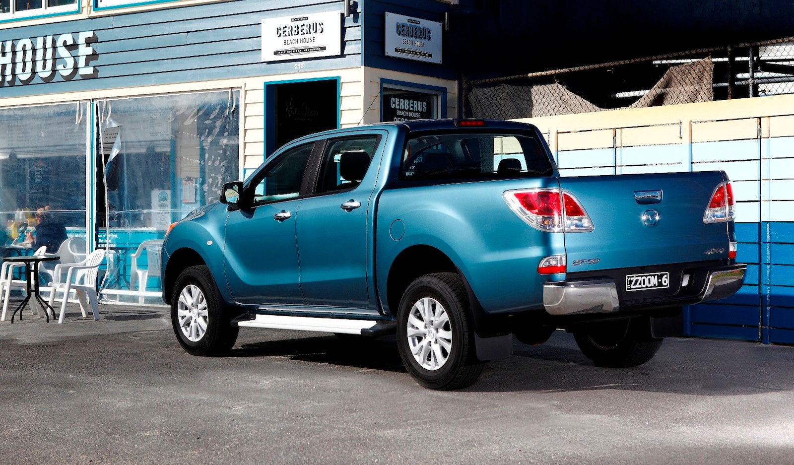 mazda bt 50 towing capacity boosted photos 1 of 2. Black Bedroom Furniture Sets. Home Design Ideas