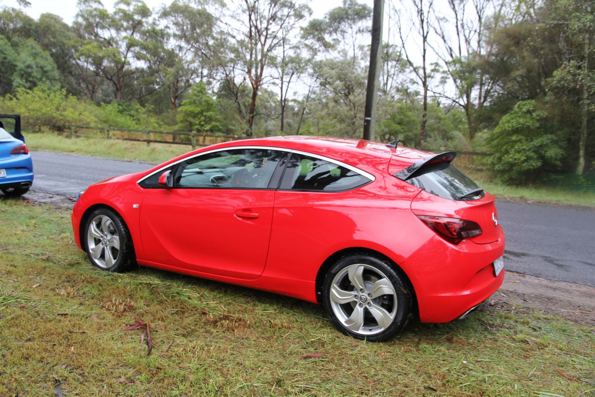 2013 opel astra opc review caradvice. Black Bedroom Furniture Sets. Home Design Ideas
