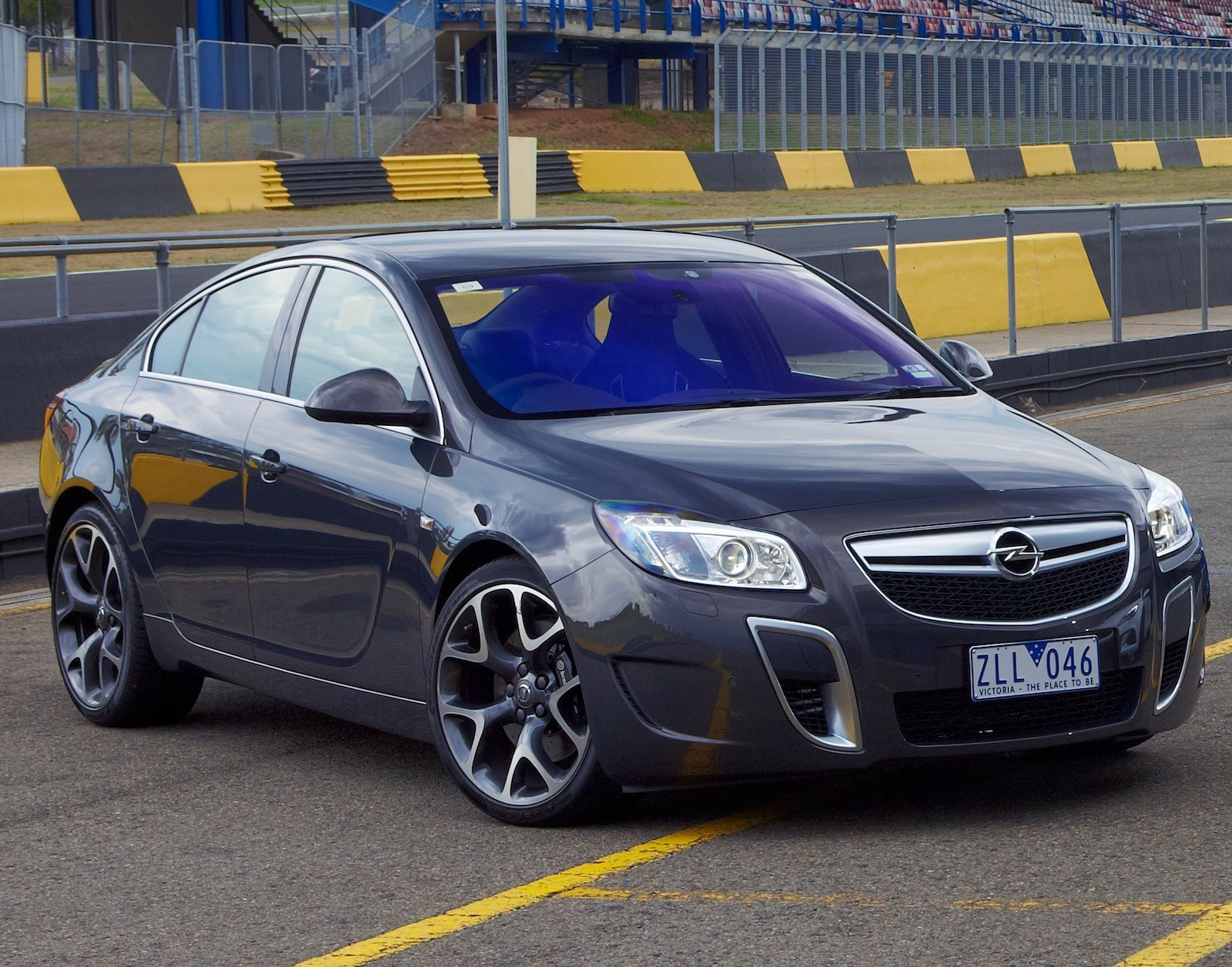 book of 2016 holden insignia vxr opel insignia opc ice. Black Bedroom Furniture Sets. Home Design Ideas
