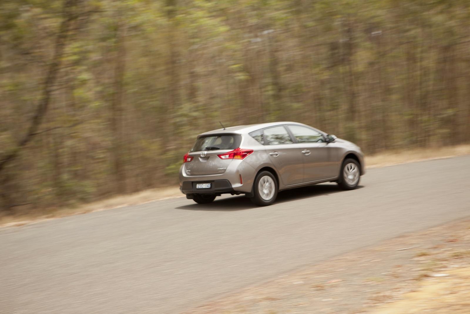 Simple  Toyota Hilux 2 Ford Ranger 3 Toyota Corolla 4 Hyundai I30 5 Mazda 3 6