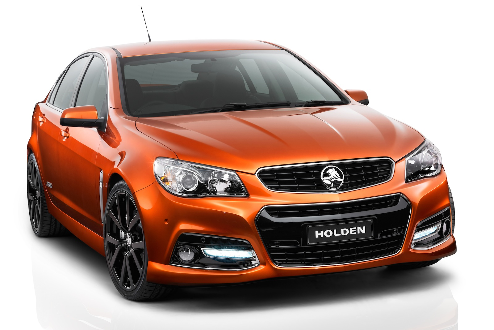 Holden Forced To Confirm 6 0 Litre V8 For Vf Commodore