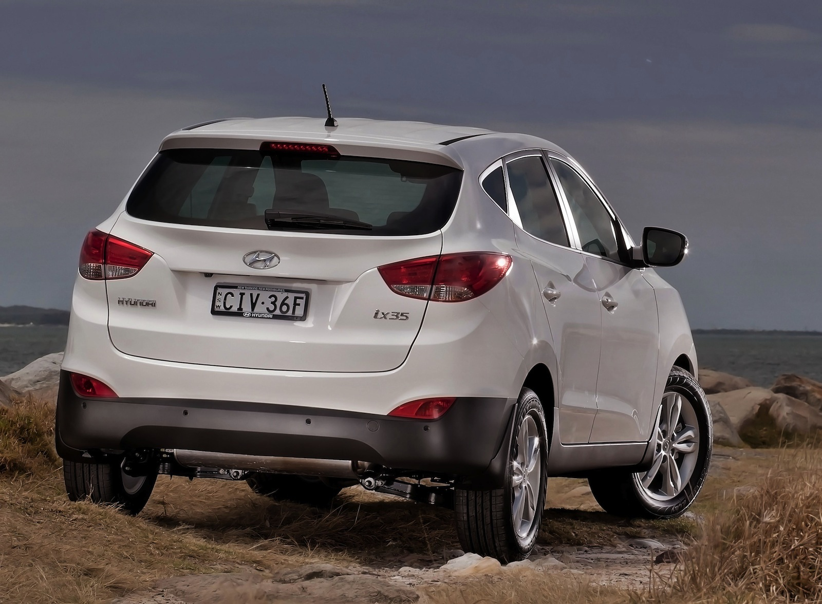 hyundai ix35 se adds awd 2 0 litre diesel variant photos 1 of 3. Black Bedroom Furniture Sets. Home Design Ideas