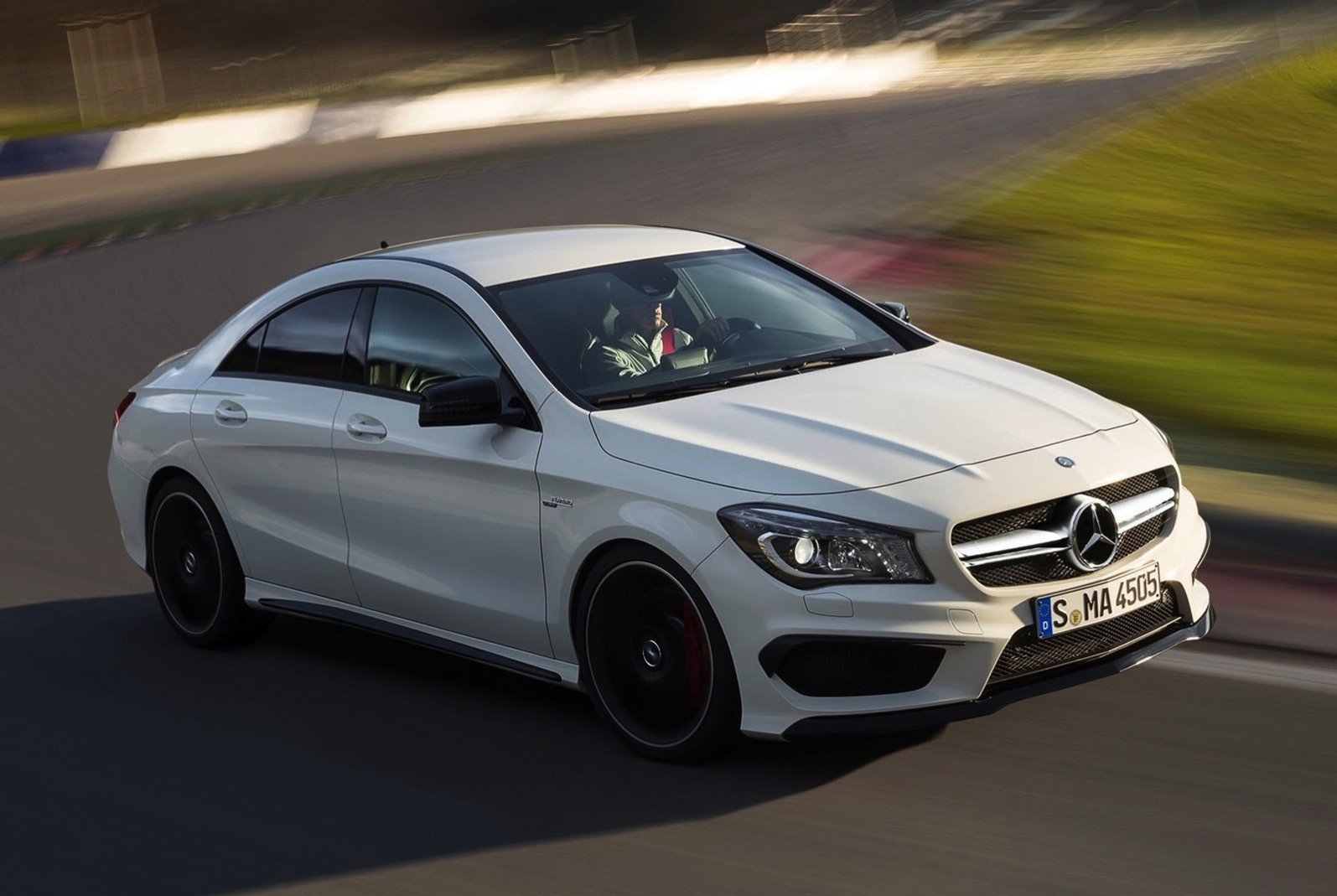 Mercedes benz cla45 amg 265kw four door coupe debuts in for Mercedes benz new york ny